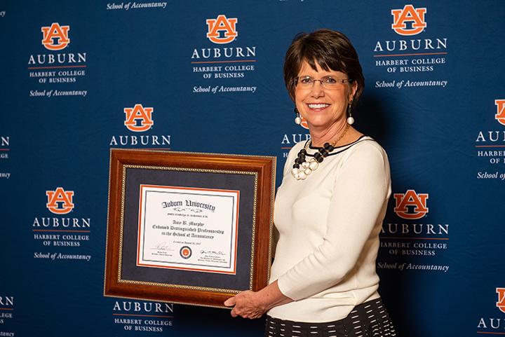 Longtime School of Accountancy Director of Graduate Programs Amy Murphy cherishes her Auburn Experience